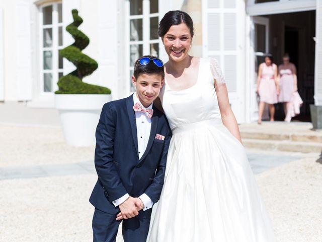 Le mariage de Charles et Emilie à Saint-Avé, Morbihan 15