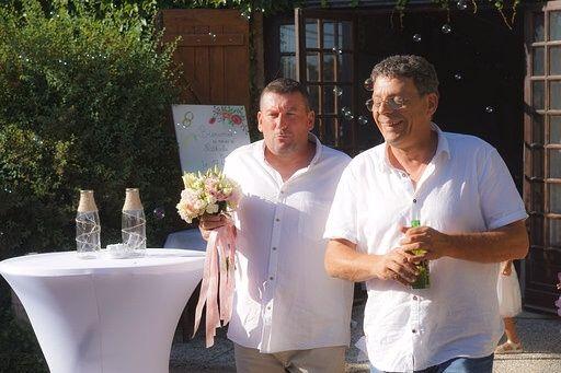 Le mariage de Cyril  et Nathalie  à Saint-Pantaléon-de-Larche, Corrèze 72