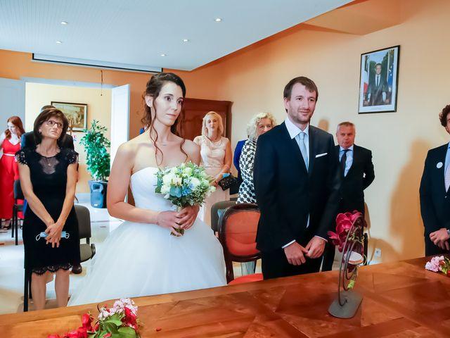 Le mariage de Nicolas et Émilie à Saint-Jean-d'Angély, Charente Maritime 44