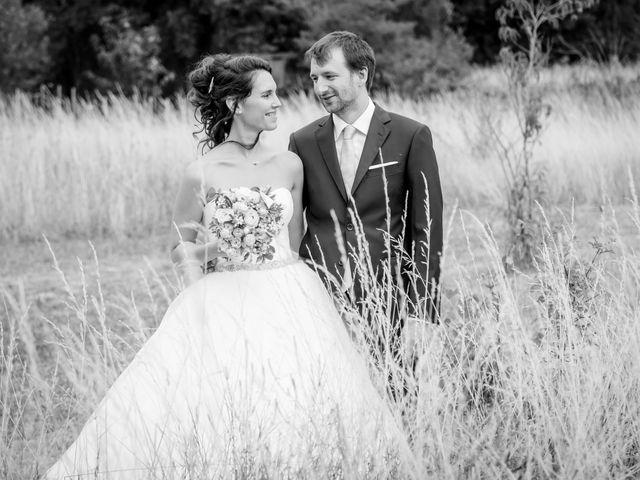 Le mariage de Nicolas et Émilie à Saint-Jean-d'Angély, Charente Maritime 55