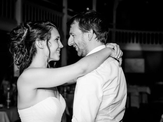 Le mariage de Nicolas et Émilie à Saint-Jean-d'Angély, Charente Maritime 2