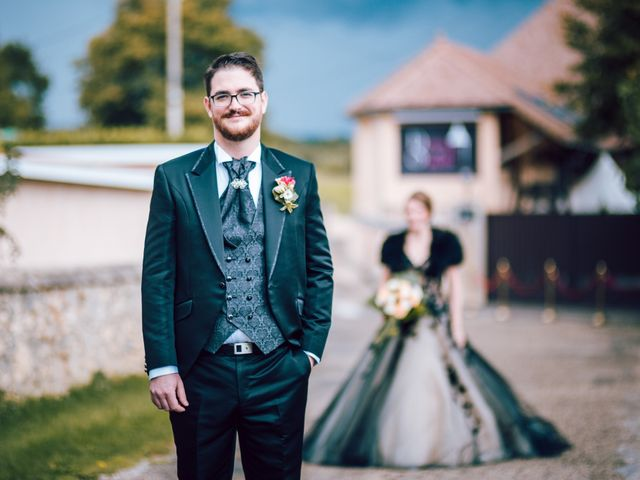 Le mariage de Olivier et Eva à Vignieu, Isère 11