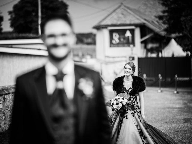 Le mariage de Olivier et Eva à Vignieu, Isère 12