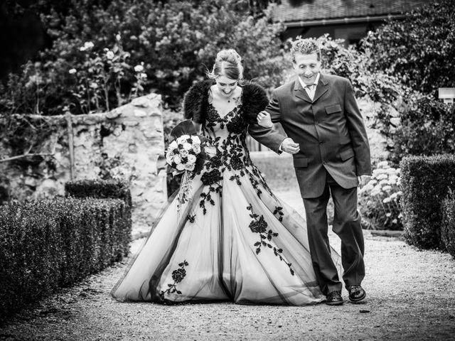 Le mariage de Olivier et Eva à Vignieu, Isère 36