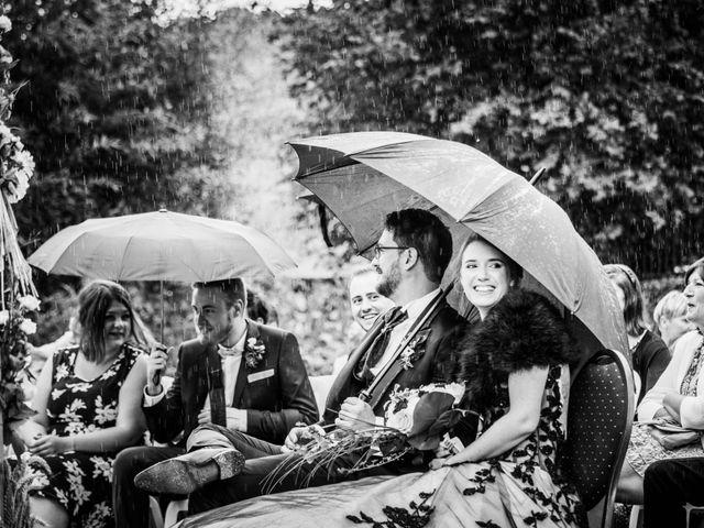 Le mariage de Olivier et Eva à Vignieu, Isère 40