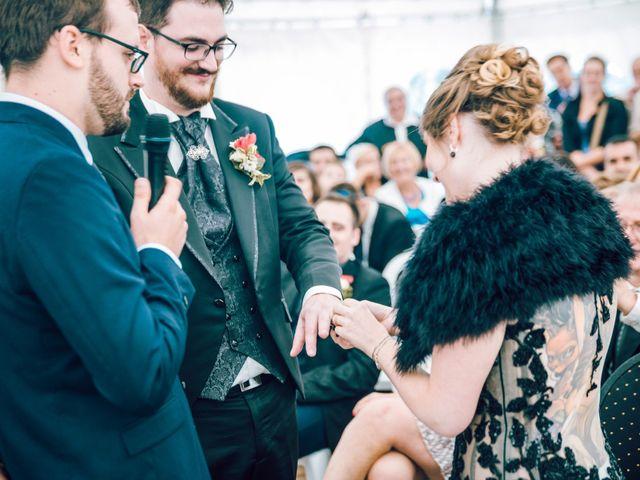 Le mariage de Olivier et Eva à Vignieu, Isère 53