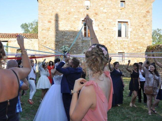Le mariage de Guillaume et Lucille à Maclas, Loire 5