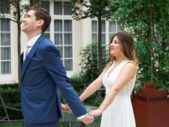 Le mariage de Adrien et Maëliss à Paris, Paris 9