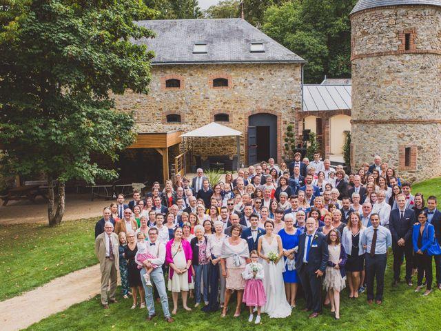 Le mariage de Thomas et Léa à Andouillé, Mayenne 81