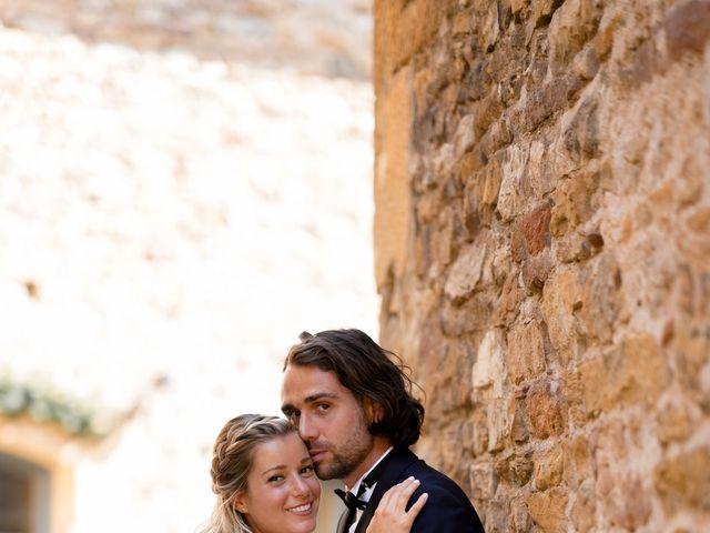 Le mariage de Romain et Alexandra à Légny, Rhône 33