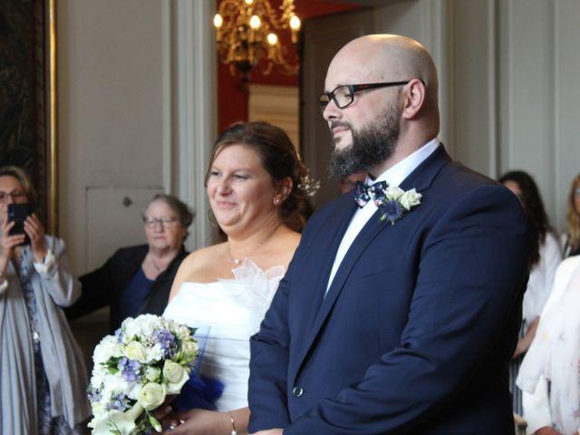 Le mariage de Cédric et Nolwenn à Compiègne, Oise 11