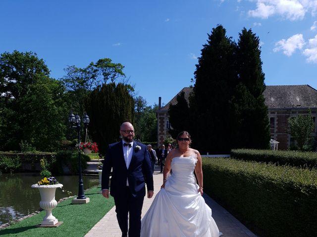 Le mariage de Cédric et Nolwenn à Compiègne, Oise 28