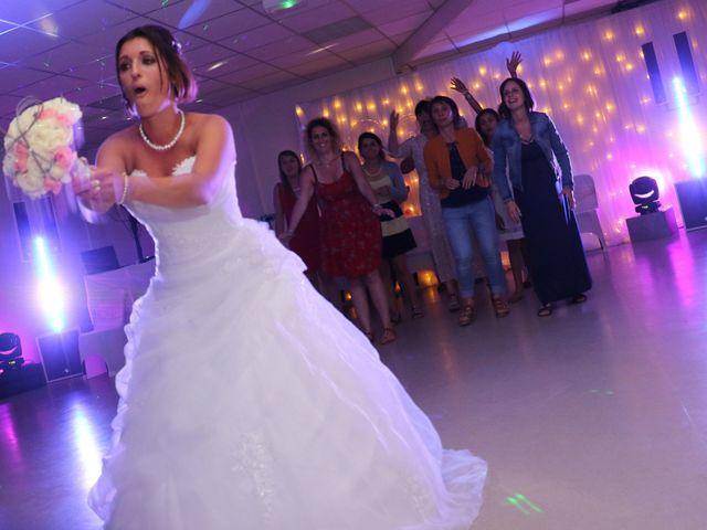 Le mariage de Thomas et Laura à Saint-Nazaire-sur-Charente, Charente Maritime 22