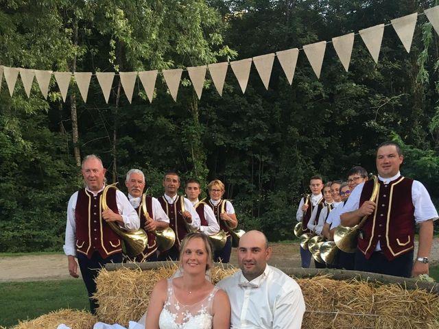 Le mariage de Guillaume et Emilie à Saint-Clair-de-la-Tour, Isère 11