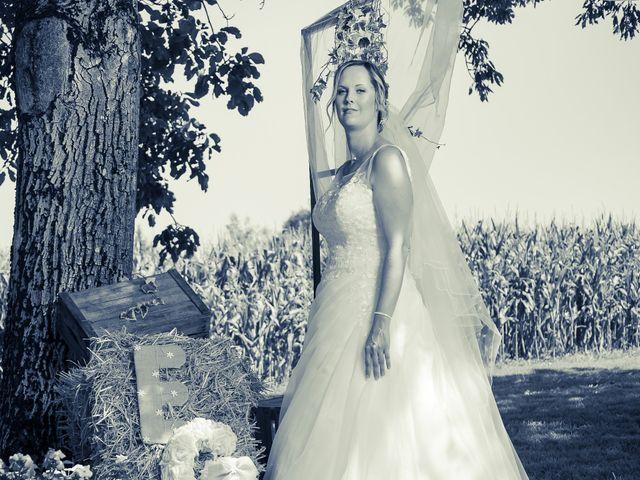 Le mariage de Guillaume et Emilie à Saint-Clair-de-la-Tour, Isère 15