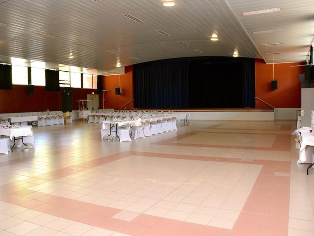 Le mariage de David et Christelle à Capestang, Hérault 29
