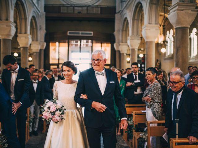 Le mariage de Alexis et Faustine à Mornand-en-Forez, Loire 49