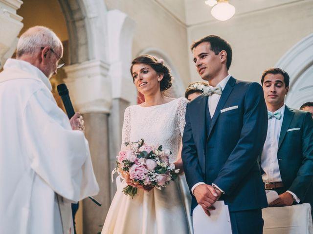 Le mariage de Alexis et Faustine à Mornand-en-Forez, Loire 54