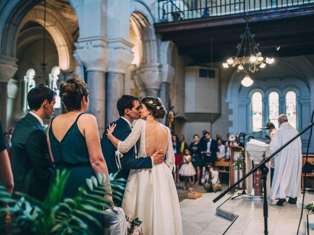 Le mariage de Alexis et Faustine à Mornand-en-Forez, Loire 58