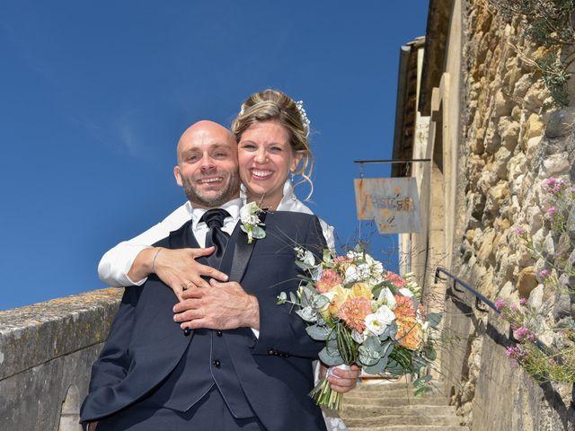 Le mariage de Stefano et Nelly à Grillon, Vaucluse 1