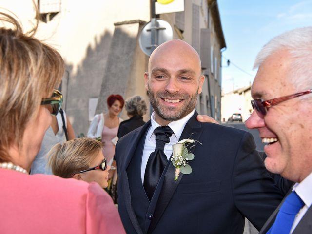 Le mariage de Stefano et Nelly à Grillon, Vaucluse 9