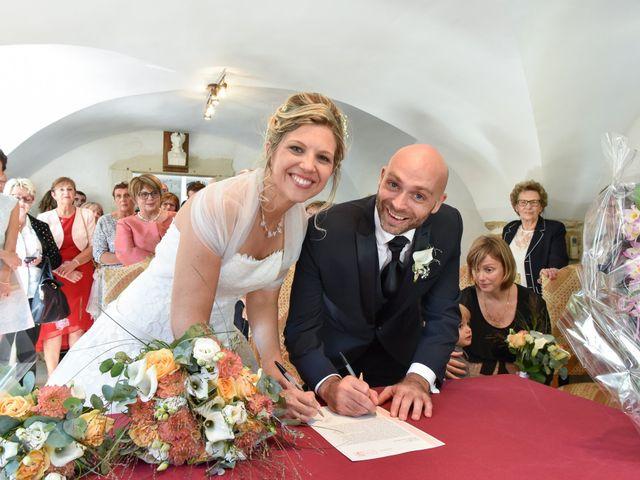 Le mariage de Stefano et Nelly à Grillon, Vaucluse 12