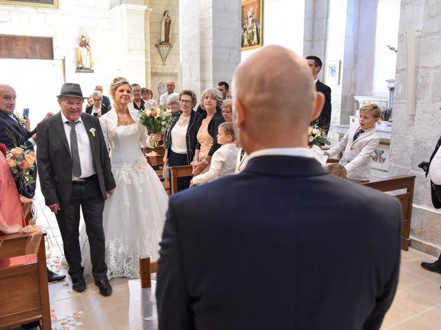 Le mariage de Stefano et Nelly à Grillon, Vaucluse 15