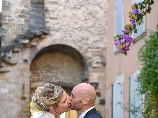 Le mariage de Stefano et Nelly à Grillon, Vaucluse 23