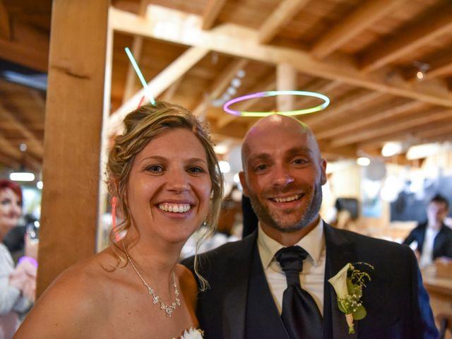 Le mariage de Stefano et Nelly à Grillon, Vaucluse 35