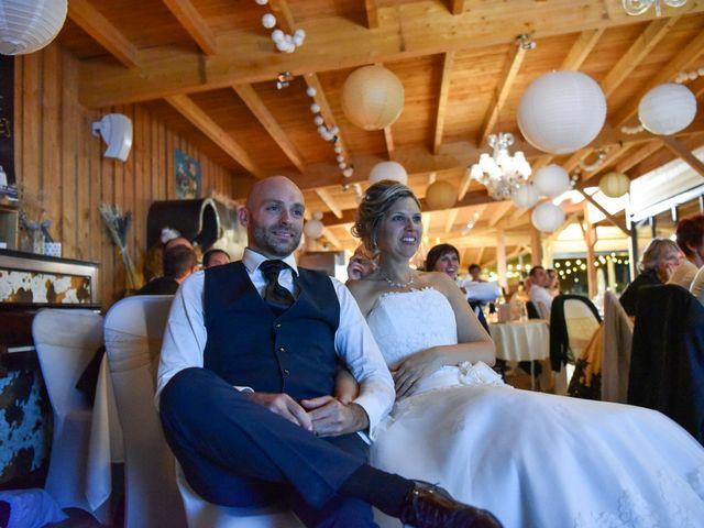 Le mariage de Stefano et Nelly à Grillon, Vaucluse 44