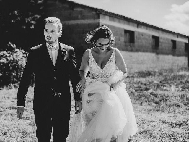 Le mariage de Tom et Célia à Châteaudouble, Drôme 25