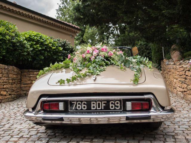 Le mariage de Aurélien et Virginie à Vourles, Rhône 4