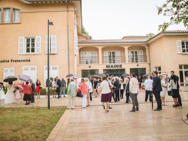 Le mariage de Aurélien et Virginie à Vourles, Rhône 14