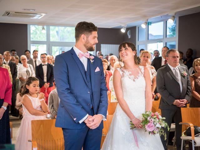 Le mariage de Aurélien et Virginie à Vourles, Rhône 18