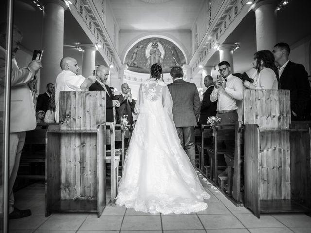 Le mariage de Aurélien et Virginie à Vourles, Rhône 19