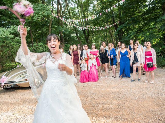 Le mariage de Aurélien et Virginie à Vourles, Rhône 43