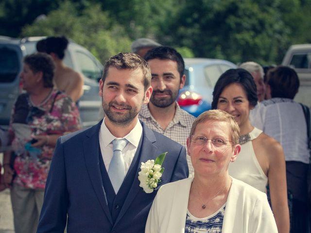 Le mariage de Romain et Gabriela à Montmaur, Hautes-Alpes 10