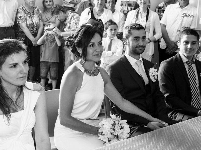 Le mariage de Romain et Gabriela à Montmaur, Hautes-Alpes 17