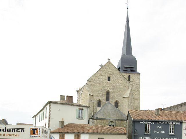 Le mariage de Antoine et Mathilde à La Roche-sur-Yon, Vendée 10