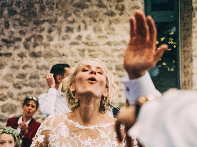 Le mariage de Mathieu et Manon à Saint-Genest-Malifaux, Loire 74