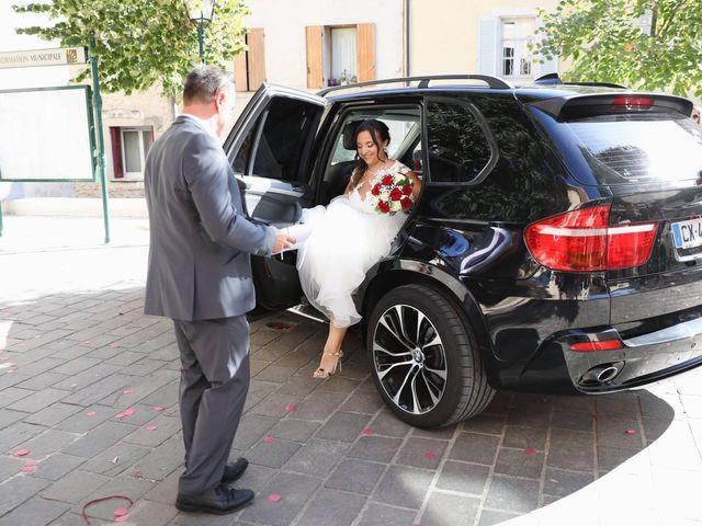Le mariage de Anthony et Cynthia à La Fare-les-Oliviers, Bouches-du-Rhône 32