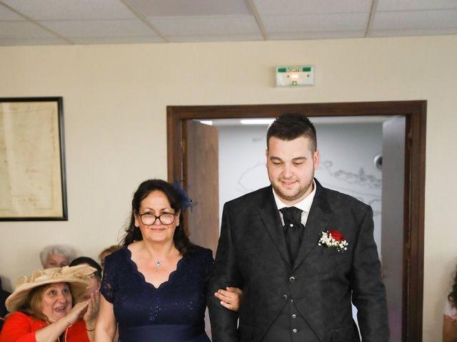 Le mariage de Anthony et Cynthia à La Fare-les-Oliviers, Bouches-du-Rhône 42