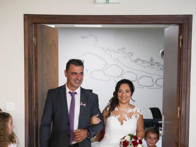 Le mariage de Anthony et Cynthia à La Fare-les-Oliviers, Bouches-du-Rhône 44
