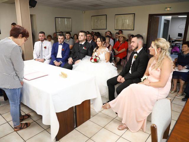 Le mariage de Anthony et Cynthia à La Fare-les-Oliviers, Bouches-du-Rhône 49