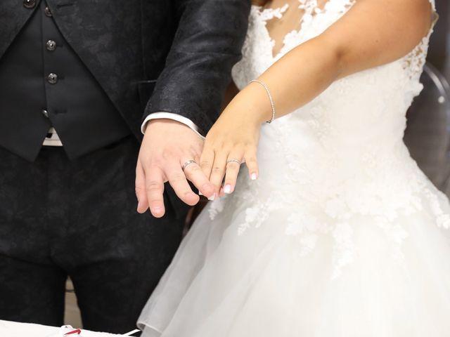 Le mariage de Anthony et Cynthia à La Fare-les-Oliviers, Bouches-du-Rhône 58