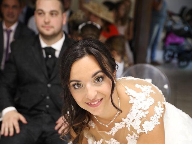 Le mariage de Anthony et Cynthia à La Fare-les-Oliviers, Bouches-du-Rhône 59
