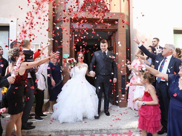 Le mariage de Anthony et Cynthia à La Fare-les-Oliviers, Bouches-du-Rhône 66