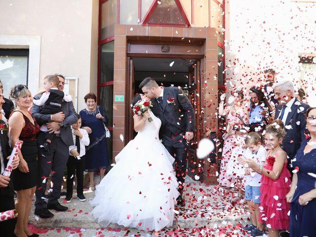 Le mariage de Anthony et Cynthia à La Fare-les-Oliviers, Bouches-du-Rhône 71