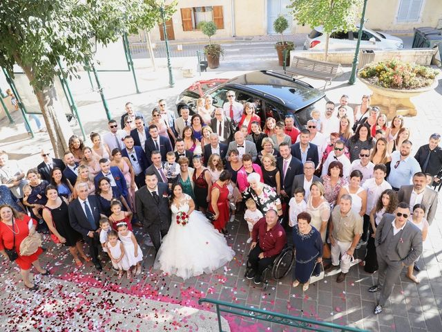 Le mariage de Anthony et Cynthia à La Fare-les-Oliviers, Bouches-du-Rhône 73