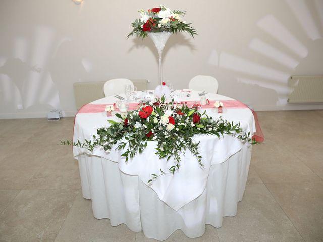 Le mariage de Anthony et Cynthia à La Fare-les-Oliviers, Bouches-du-Rhône 101